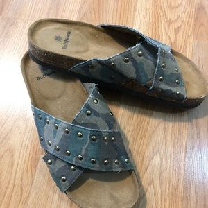 Ruff Hewn Camouflage Sandals 7 Never Worn